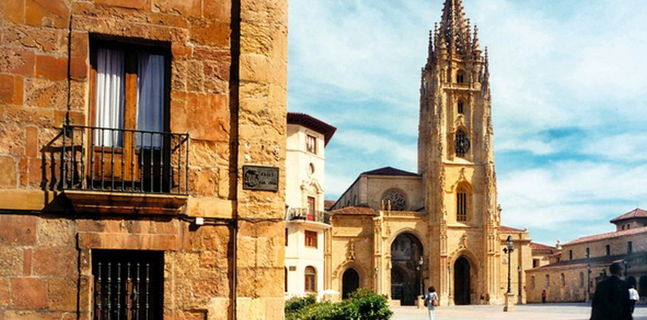 guide to oviedo spain